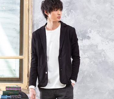 パーカーより街コンで有利な黒いジャケット
