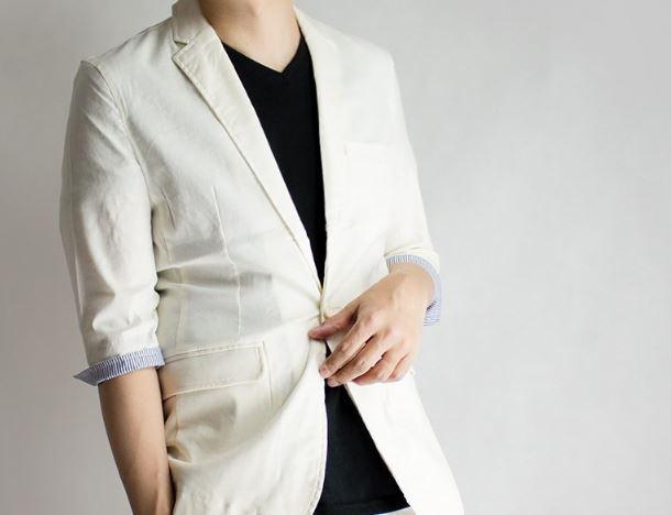 GENELESSの速乾・麻ジャケット