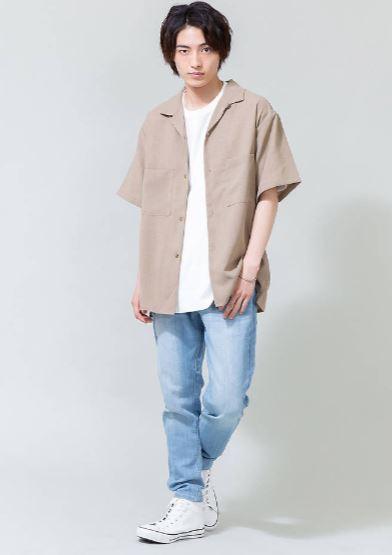 8月の街コンの男の服装